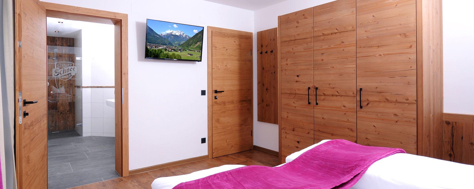 Hochwertig eingerichtetes Doppelzimmer