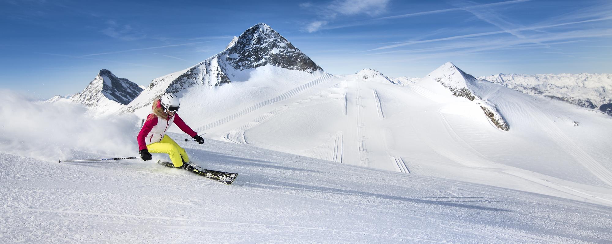 Skifahrerin am Olperer